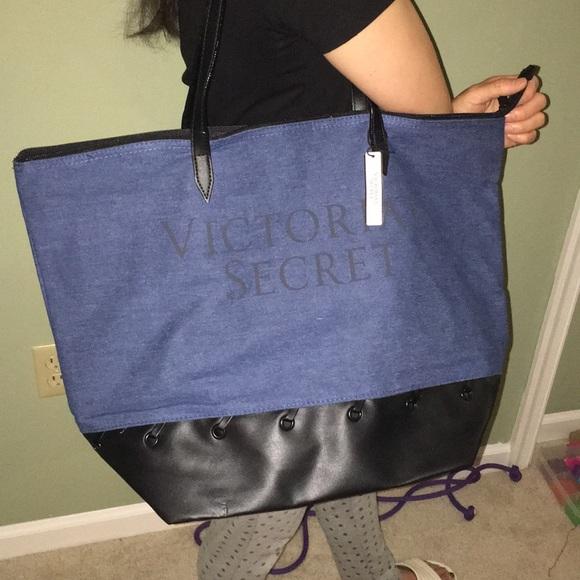 615ab951a91e Victoria s Secret Carryall Tote Beach Bag